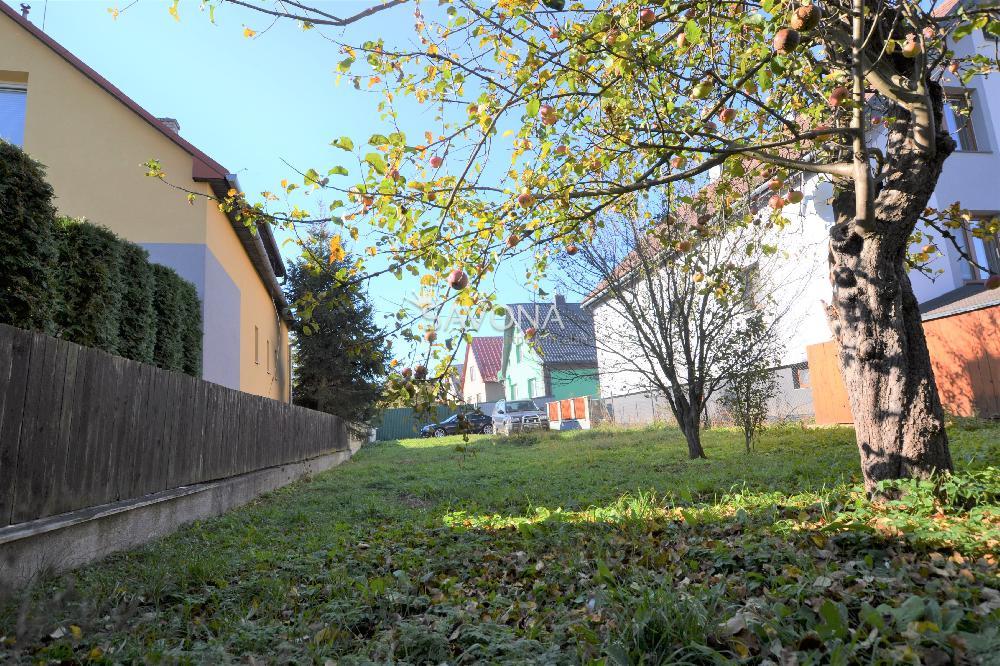 Pozemok, 453 m2, Slovenská Ves