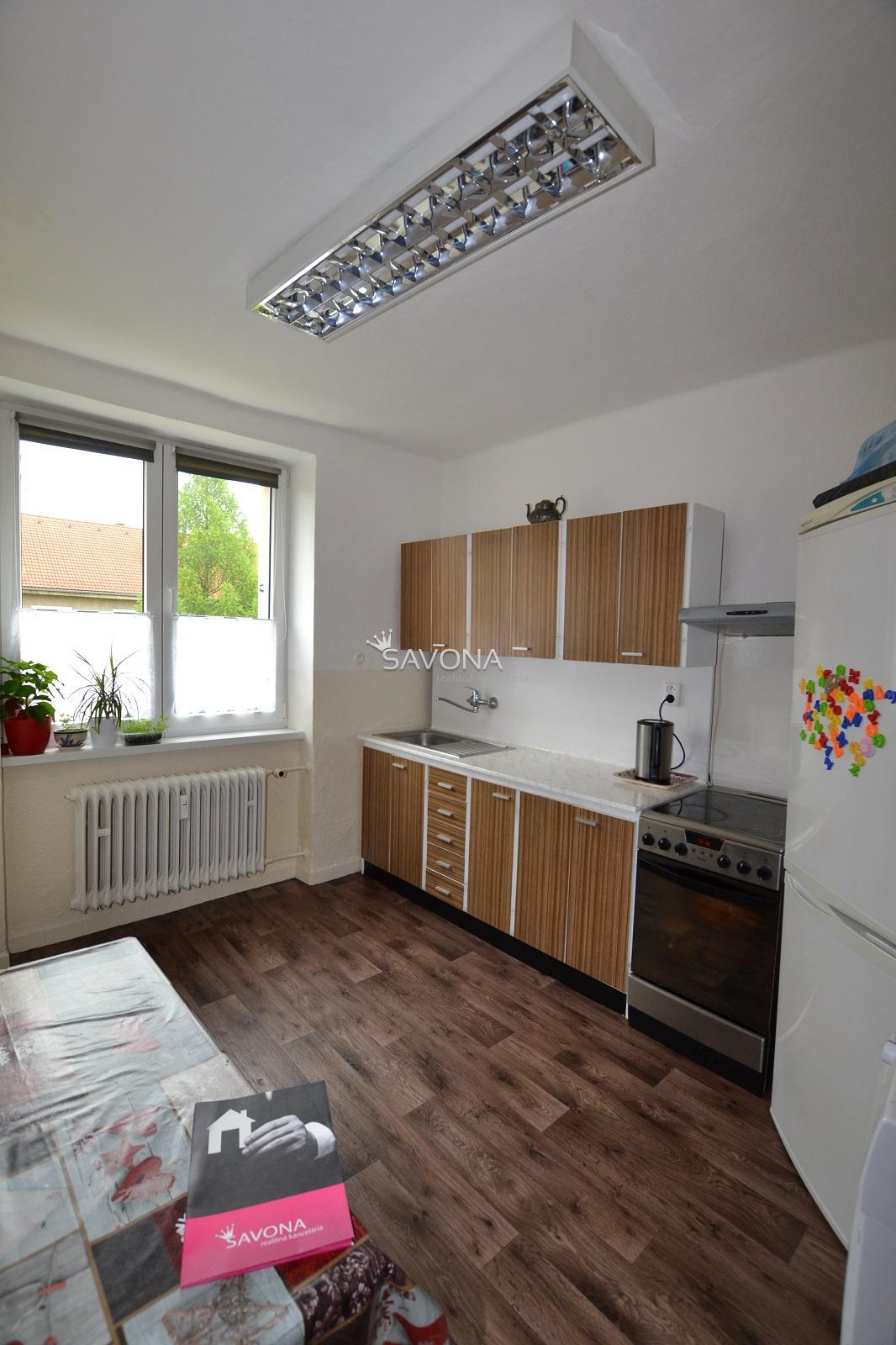 PREDANÝ - 2 izbový byt s balkónom, ul. Štefánikova, SVIT