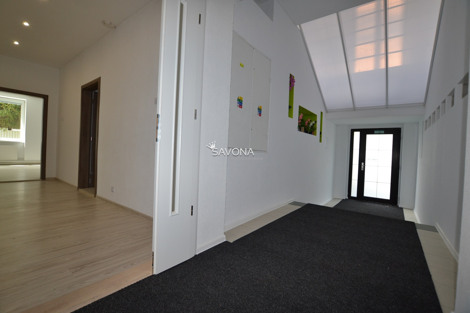 PRENÁJOM kancelárskych priestorov - 103,2 m2 - 2. podlažie