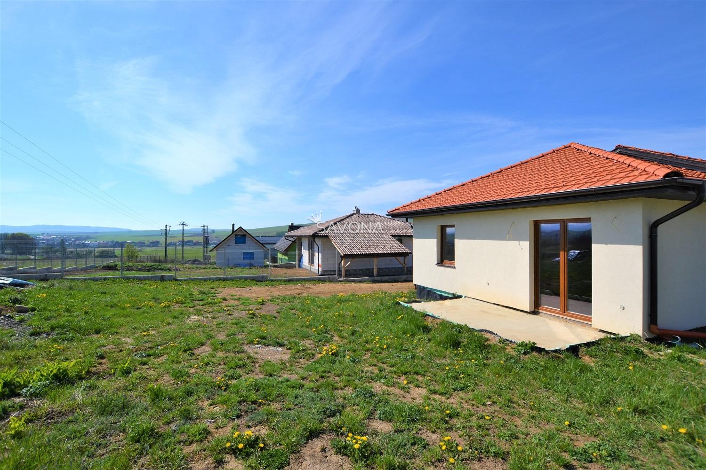 NOVOSTAVBA - RODINNÝ DOM - na pozemku 937 m2, VEĽKÁ LOMNICA