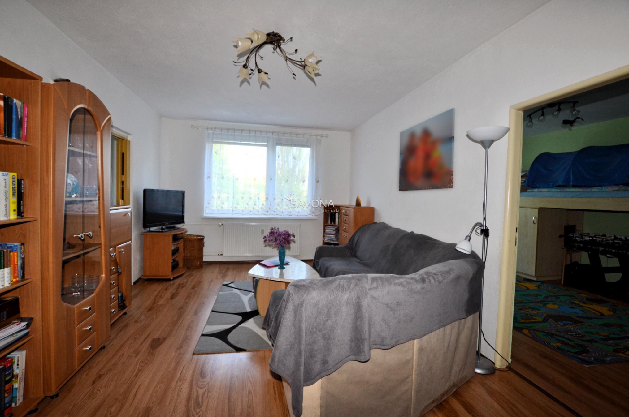 4-izbový byt po rekonštrukcii, sídlisko Západ