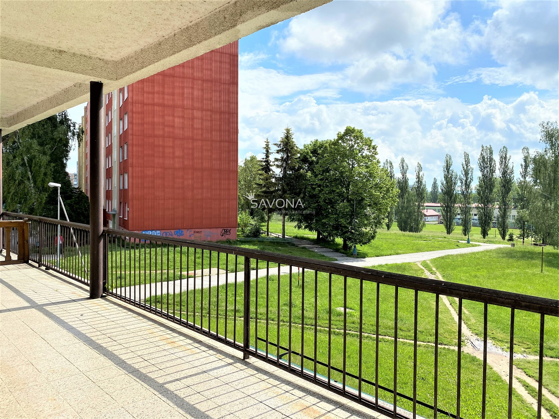 NA PREDAJ / NA PRENÁJOM priestory - 546 m2 na 2. podlaží, LUNÍK - obchodné centrum, POPRAD