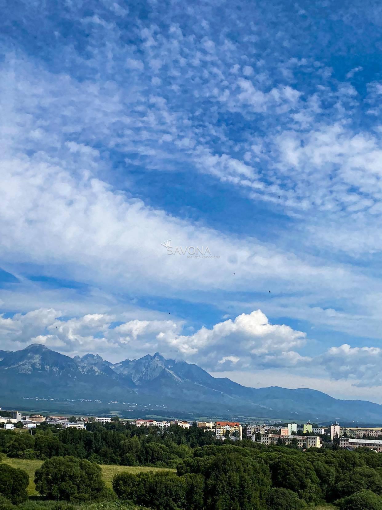 PREDANÉ/EXKLUZÍVNE-1-izbový byt, s balkónom a výhľadom na Tatry, Poprad