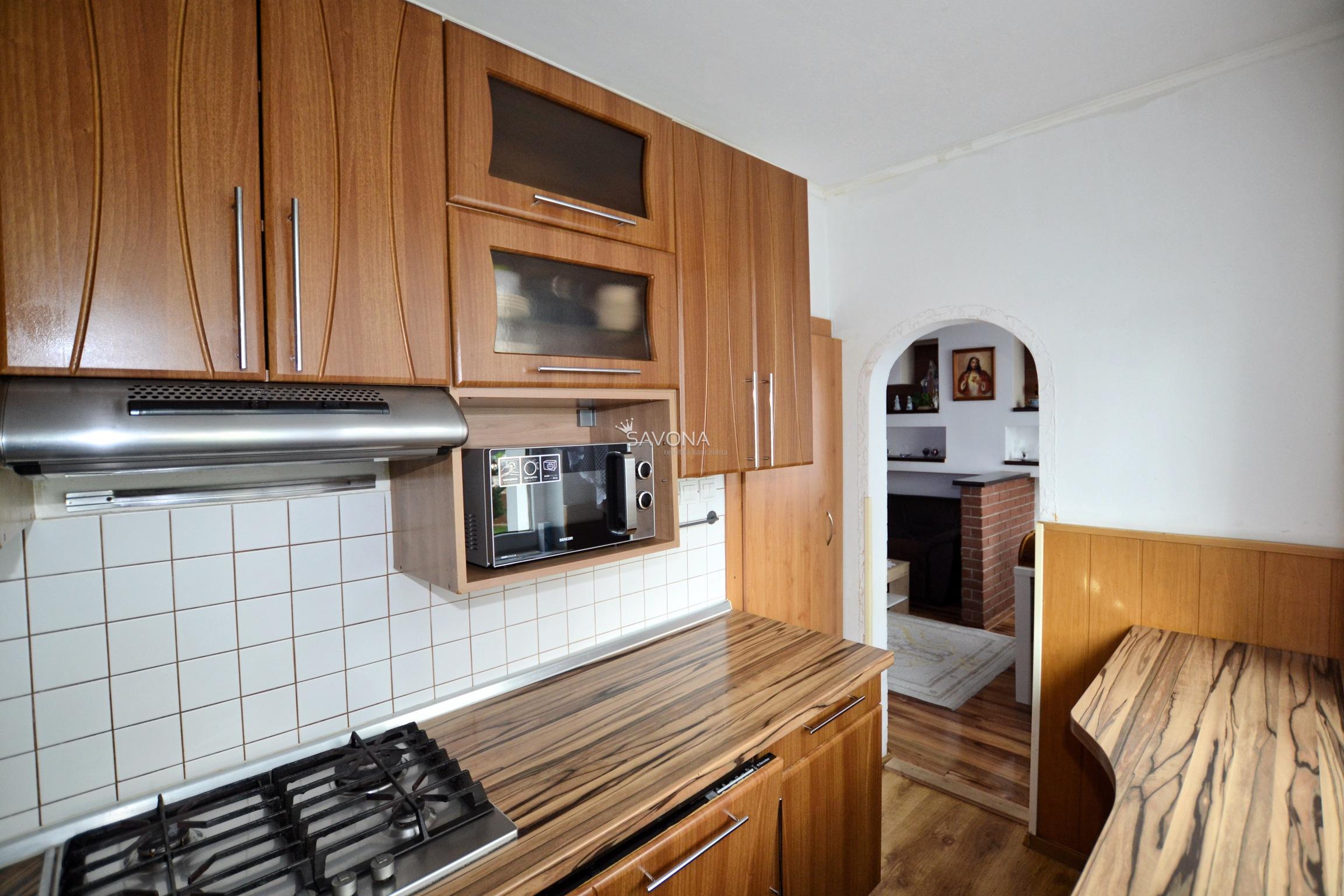 PREDAJ - 3-izbový byt po rekonštrukcii, zariadený, Poprad
