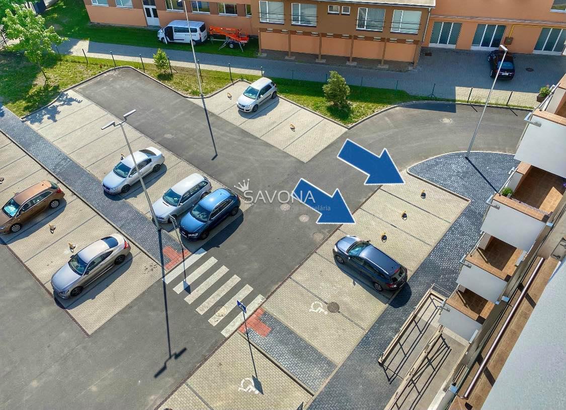 NA PRENÁJOM - 3 parkovacie státia - ul. 29.augusta